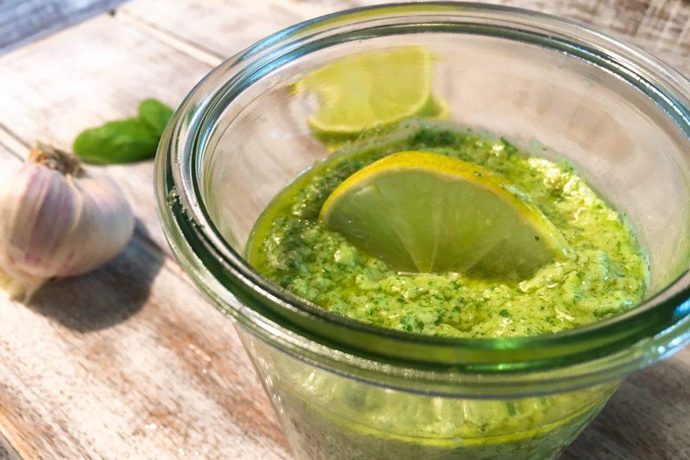Basilikum-Limetten-Pesto selber machen